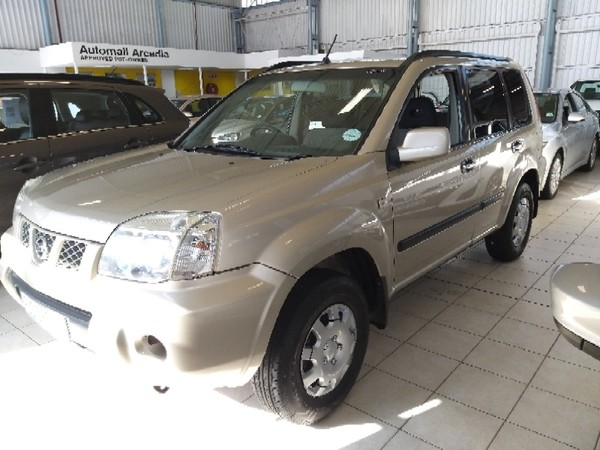 2007 Nissan X-trail 2.0 4x2 r60  Eastern Cape East London_0