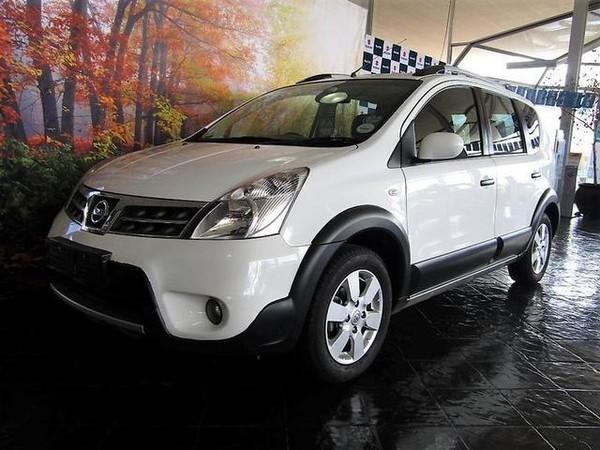 2013 Nissan Livina 1.6 Acenta X-gear  Gauteng Rosettenville_0