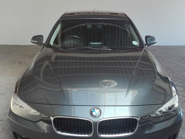 2013 BMW 3 Series 320i Luxury Line f30  Mpumalanga Secunda_0
