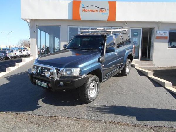 2005 Nissan Patrol 4.8 Gl p63  Gauteng Roodepoort_0