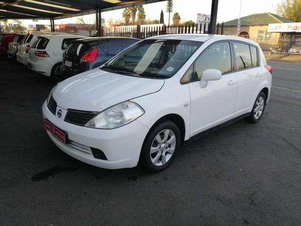 2009 Nissan Tiida 1.6 Visia 6 spd Gauteng Boksburg_0