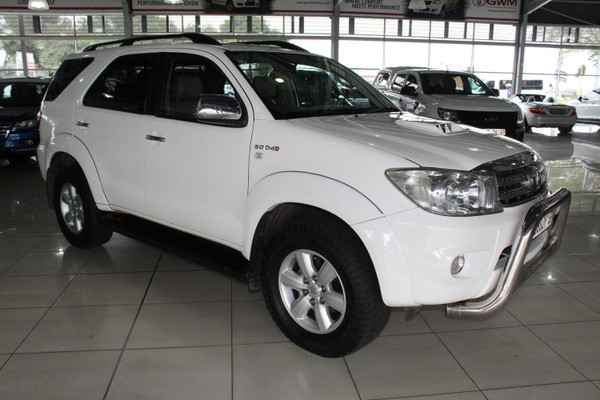2010 Toyota Fortuner 3.0d-4d Rb At  Gauteng Alberton_0