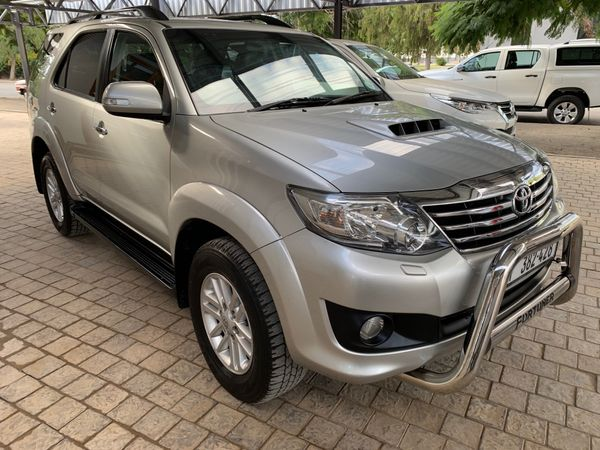 2014 Toyota Fortuner 2014 TOYOTA FORTUNER 3.0 D4D AUTO  R299 100 Western Cape Robertson_0