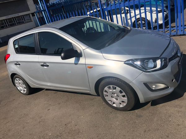 2014 Hyundai i20 1.6  Gauteng Johannesburg_0