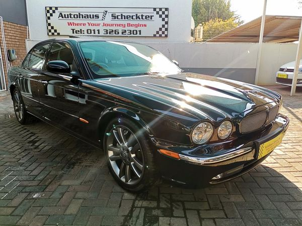 2004 Jaguar XJ Xjr Supercharged  Gauteng Randburg_0