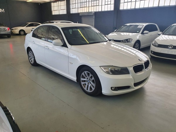 2011 BMW 3 Series 320i Exclusive Steptronic  Western Cape Maitland_0