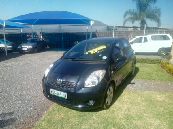 2006 Toyota Yaris T3 At  North West Province Rustenburg_0
