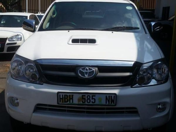 2008 Toyota Fortuner 3.0d-4d Rb 4x4  Gauteng Johannesburg_0