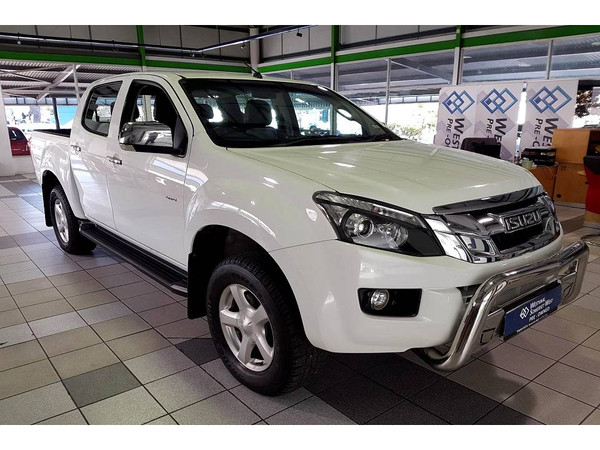 2015 Isuzu KB Series 300 D-TEQ LX 4X4 Double cab Bakkie Western Cape Somerset West_0