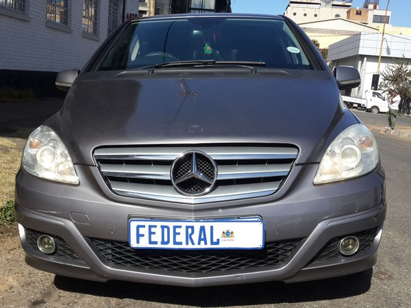 2010 Mercedes-Benz B-Class B 180 At  Gauteng Johannesburg_0