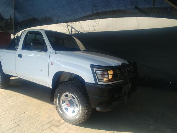 2004 Toyota Hilux 3.0d 4x4 Pu Sc  Gauteng Johannesburg_0