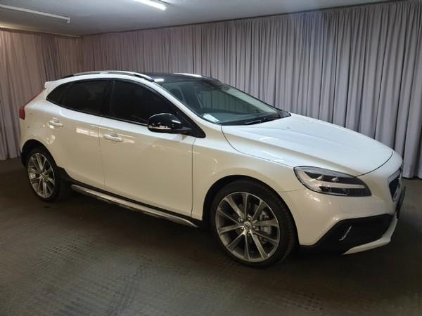 2019 Volvo V40 CC T4 Momentum Geartronic Gauteng Roodepoort_0