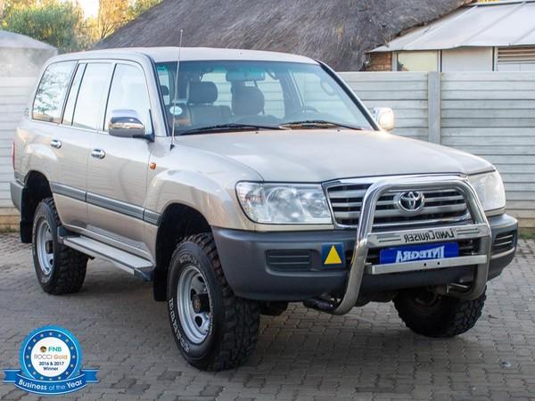 2007 Toyota Land Cruiser 100 Gx 4.5p  Gauteng Roodepoort_0
