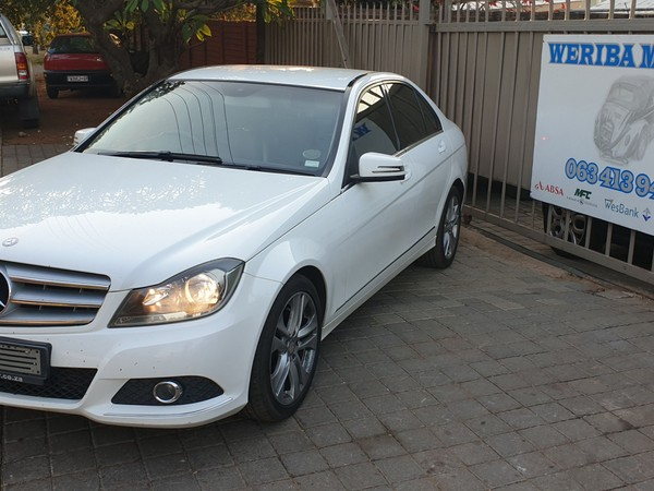2012 Mercedes-Benz C-Class C200 Cdi  Avantgarde At  Gauteng Pretoria_0