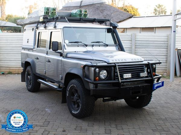 2011 Land Rover Defender Puma 110 Sw  Gauteng Roodepoort_0