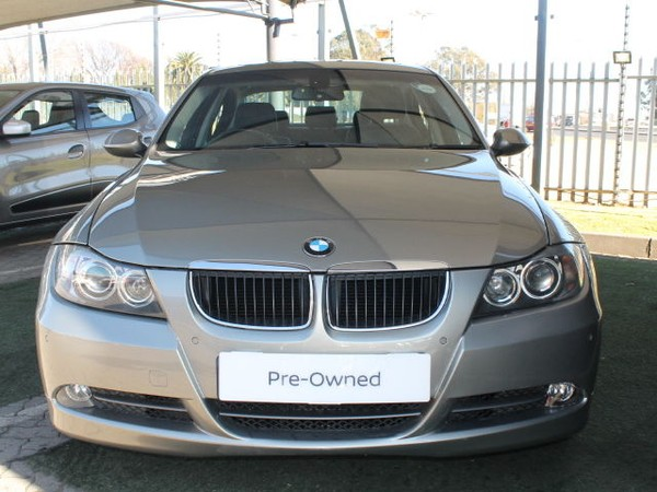 2007 BMW 3 Series 323i Exclusive At e90  Gauteng Germiston_0