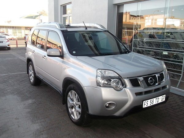 2013 Nissan X-Trail 2.5 Cvt Le r81r87  Northern Cape Kimberley_0