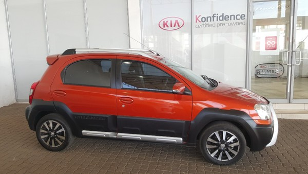 2015 Toyota Etios Cross 1.5 Xs 5Dr Gauteng Kempton Park_0