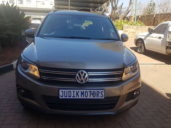 2012 Volkswagen Tiguan 1.4 Tsi Bmot Tren-fun 118kw  Gauteng Johannesburg_0