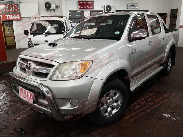 2008 Toyota Hilux Call Sam 081 707 3443 Western Cape Goodwood_0