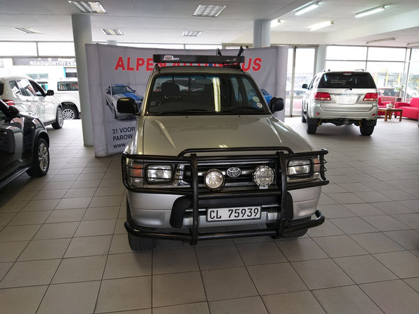 1999 Toyota Hilux 2700i Raider 4x4 Pu Dc  Western Cape Parow_0