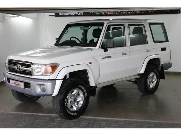 2007 Toyota Land Cruiser 70 4.2d Sw  Gauteng Pretoria_0