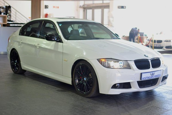2011 BMW 3 Series 330i At e90  Gauteng Johannesburg_0