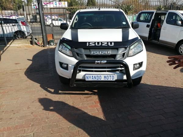 2016 Isuzu KB Series 250 D-TEQ LE Double cab Bakkie Gauteng Bramley_0