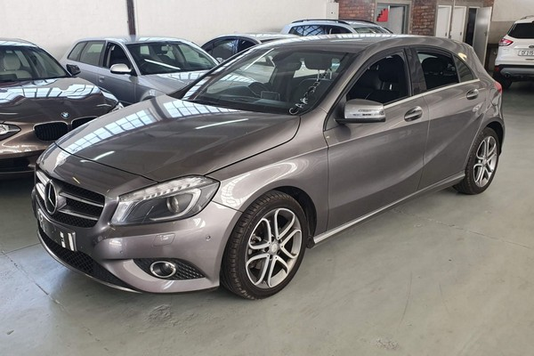 2014 Mercedes-Benz A-Class A200 BE At  Low KM Very Neat Western Cape Maitland_0
