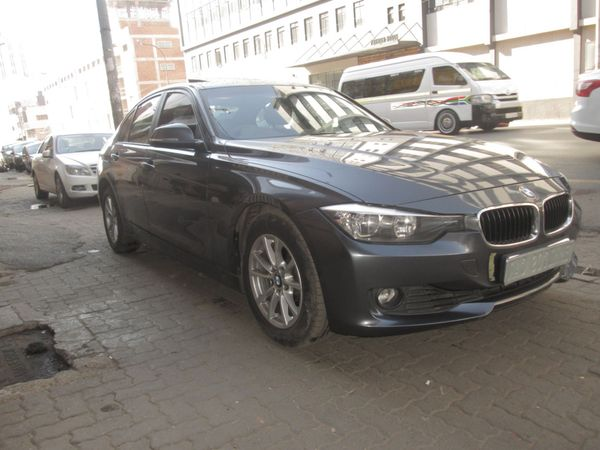 2012 BMW 3 Series 320i  At f30 With SunRoof Gauteng Johannesburg_0