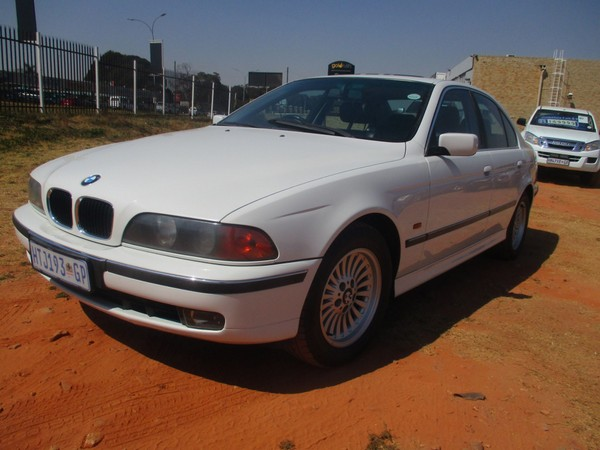 1999 BMW 5 Series 528i At e39  Gauteng Roodepoort_0