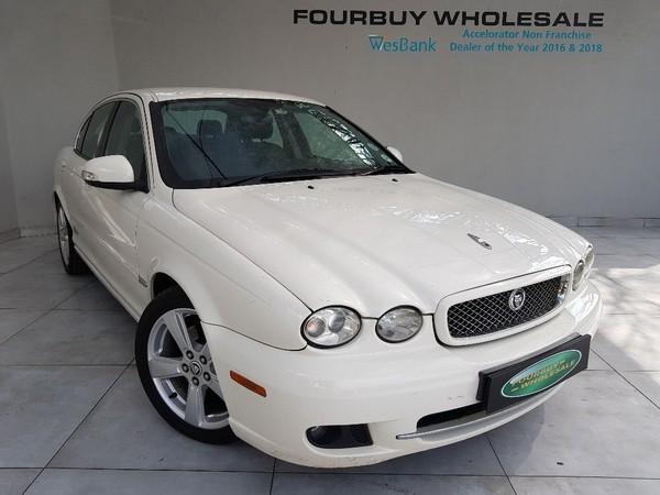 2009 Jaguar X-Type 2.0 Se At  Gauteng Four Ways_0