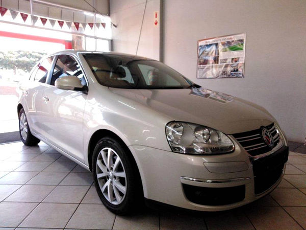 2011 Volkswagen Jetta 1.6 Tdi Comfortline  Free State Bethlehem_0