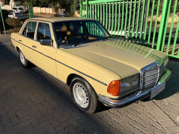 1979 Mercedes-Benz E-Class 280 E At Ac w123  Gauteng Randburg_0