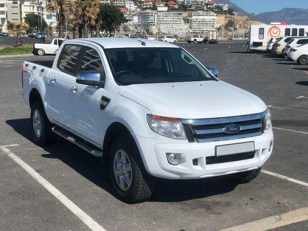 2015 Ford Ranger 3.2TDCi XLT 4X4 Auto Double Cab Bakkie Western Cape Plumstead_0