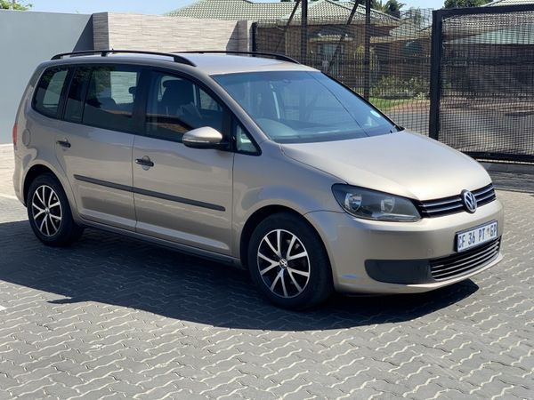 2012 Volkswagen Touran 2.0 Tdi Trendline Dsg  Gauteng Johannesburg_0