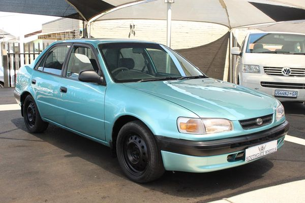 1997 Toyota Corolla 160i Gle At  Gauteng Roodepoort_0