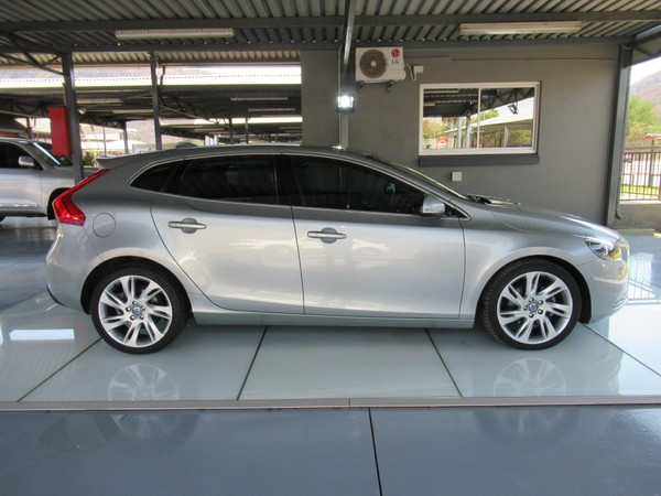 Used Volvo V40 T4 Excel Powershift for sale in Gauteng