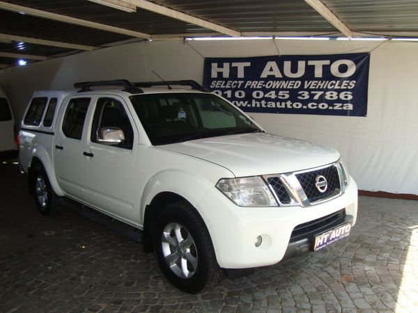 2012 Nissan Navara 2.5 Dci Le 4x4 At Pu Dc  Gauteng Boksburg_0