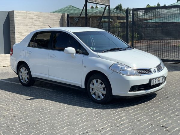 2012 Nissan Tiida 1.6 Visia  AT Sedan Gauteng Johannesburg_0