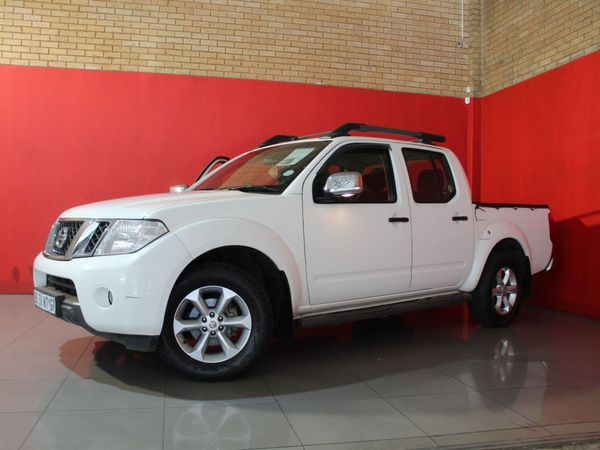 2012 Nissan Navara 2.5 Dci Le Pu Dc  Gauteng Springs_0