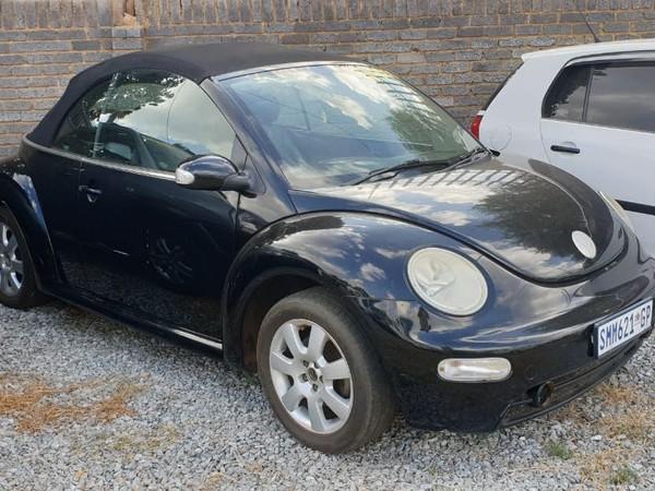 2005 Volkswagen Beetle 2.0 Cabriolet  Gauteng Lenasia_0