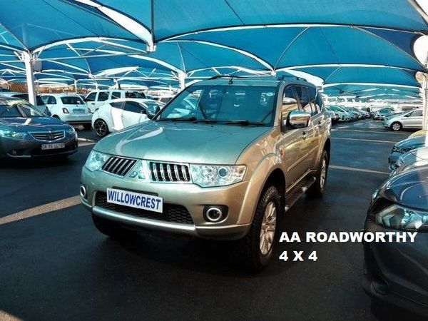 2011 Mitsubishi Pajero Sport 3.2 Di-D GLS Auto Gauteng Randburg_0