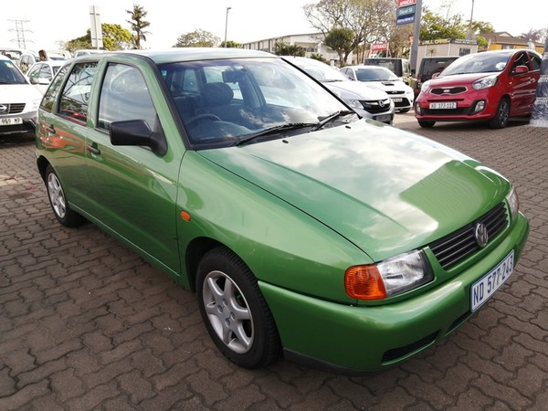 1999 Volkswagen Polo Playa 1.4  Kwazulu Natal Pinetown_0