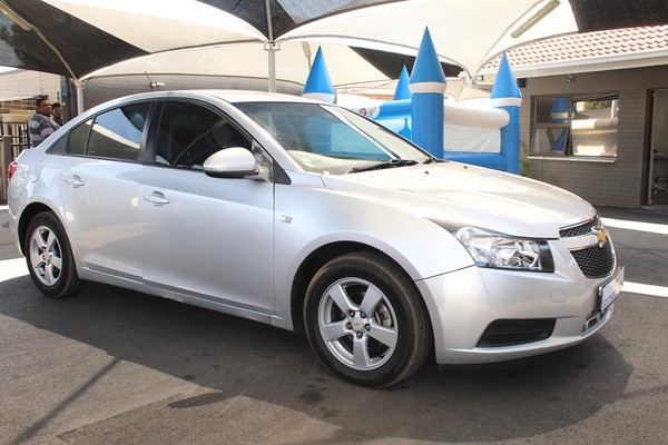 2012 Chevrolet Cruze 1.6 L  Gauteng Johannesburg_0