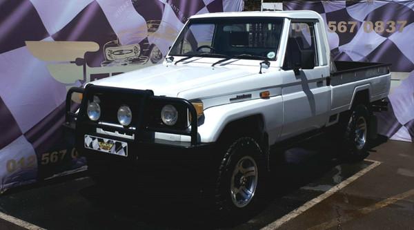 1987 Toyota Land Cruiser 4.5 Petrol Pu Sc  Gauteng Pretoria_0