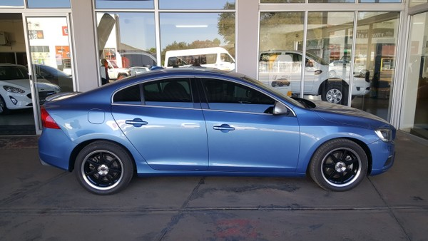 2015 Volvo S60 D4 R-Design Geartronic Limpopo Nylstroom_0
