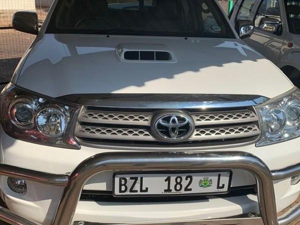 2010 Toyota Fortuner 3.0d-4d 4x4  Limpopo Mokopane_0