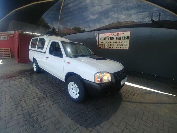 2009 Nissan NP300 Hardbody 2.5 TDI LWB k03k40 Bakkie Single cab Gauteng Johannesburg_0