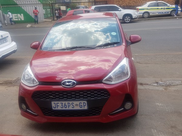 2018 Hyundai Grand i10 1.25 Fluid Gauteng Jeppestown_0